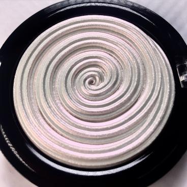 diamond dust-laura geller-20th anniversary-highlighter-unicornmakeup